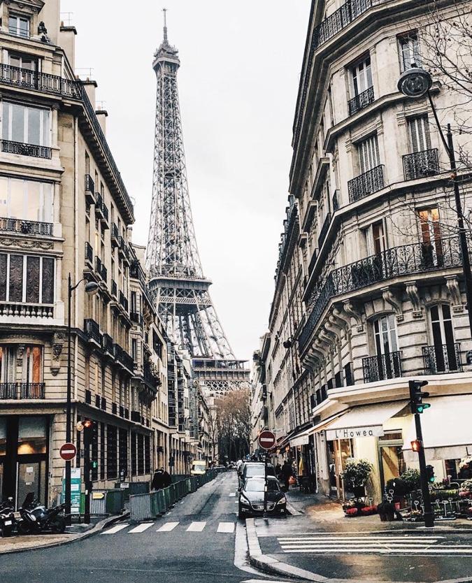 friday five, the friday five, alyson_haley, @alyson_haley, alyson haley instagram, topparisphotoinstagram, paris, rue clare, eiffel tower, tour de eiffel, france,
