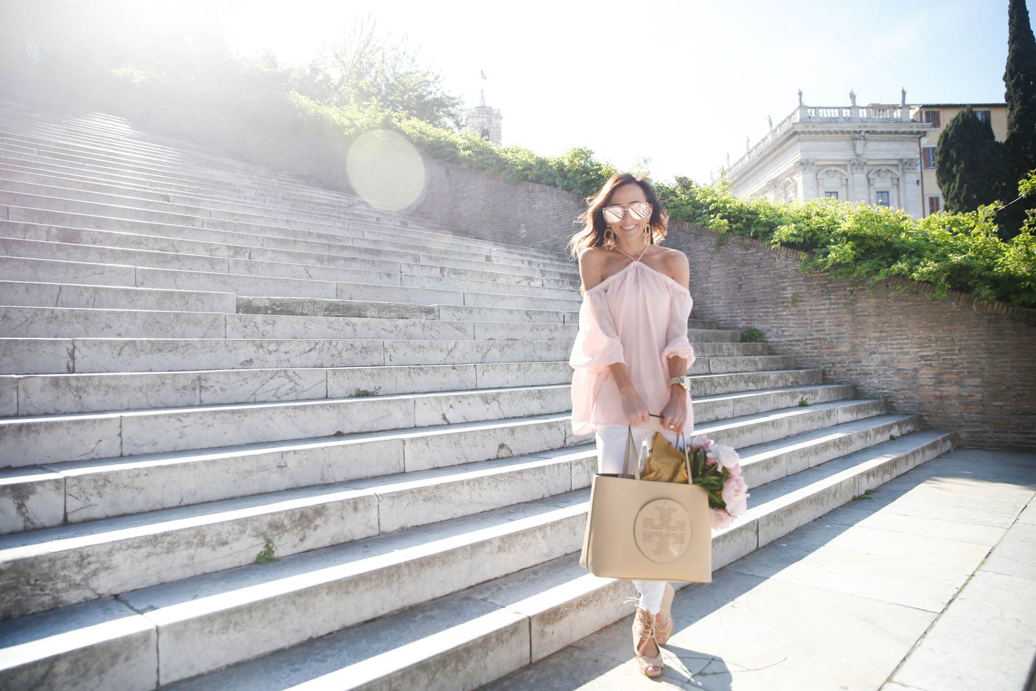 rome, italy, what to wear in rome, piazza venezia, tory burch, tory burch tote, pink peonies