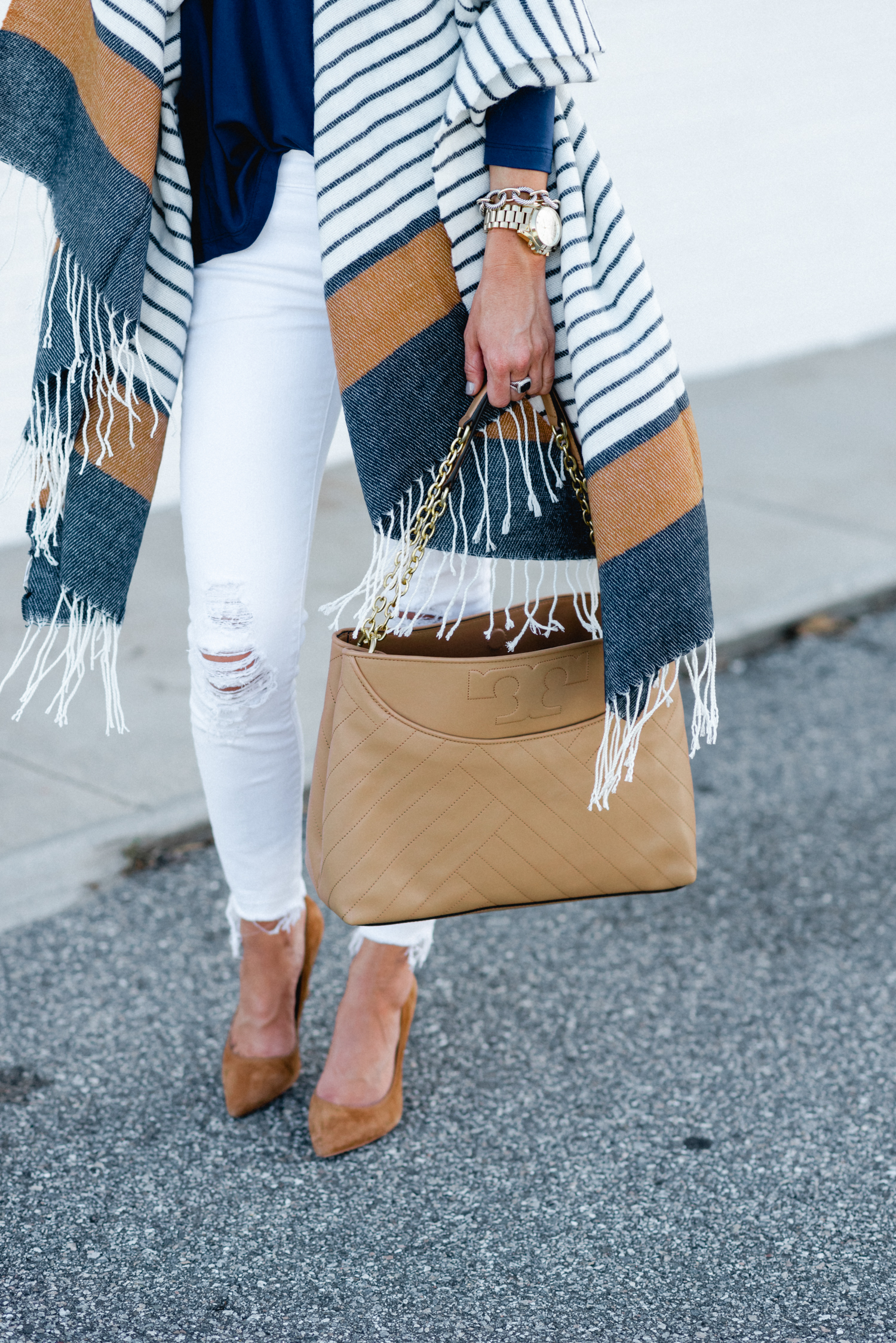 tory burch, fall outfit inspiration, blanket scarf, blanket scarf under $50