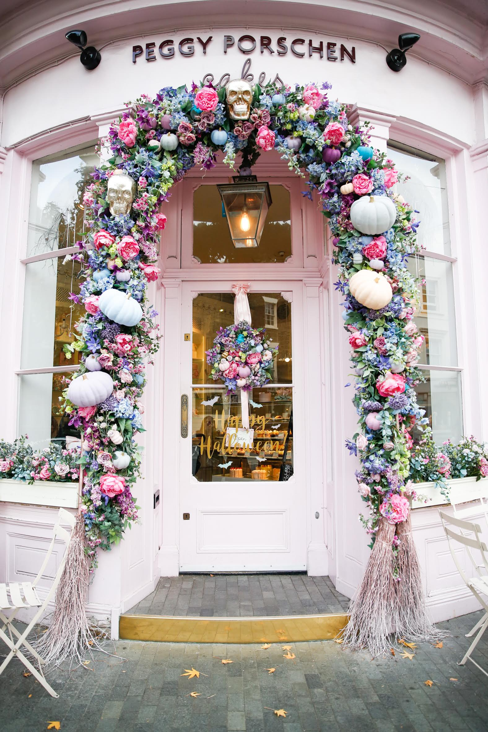 london restaurants, peggy porschen cakes, peggy porschen, best restaurants in london, london eats, alyson haley london, alyson haley, sequins and things
