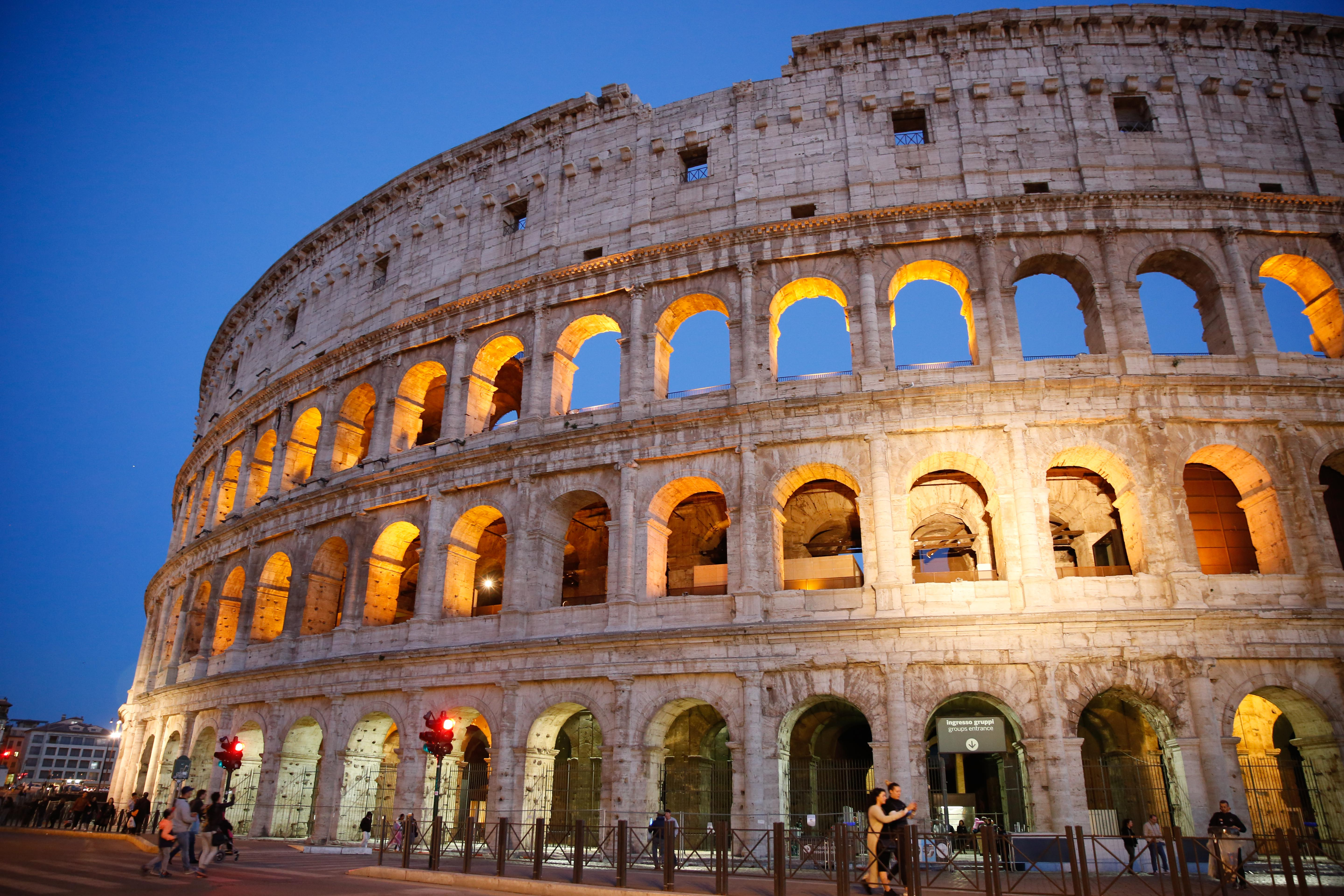colosseum, rome, italy, rome travel diary