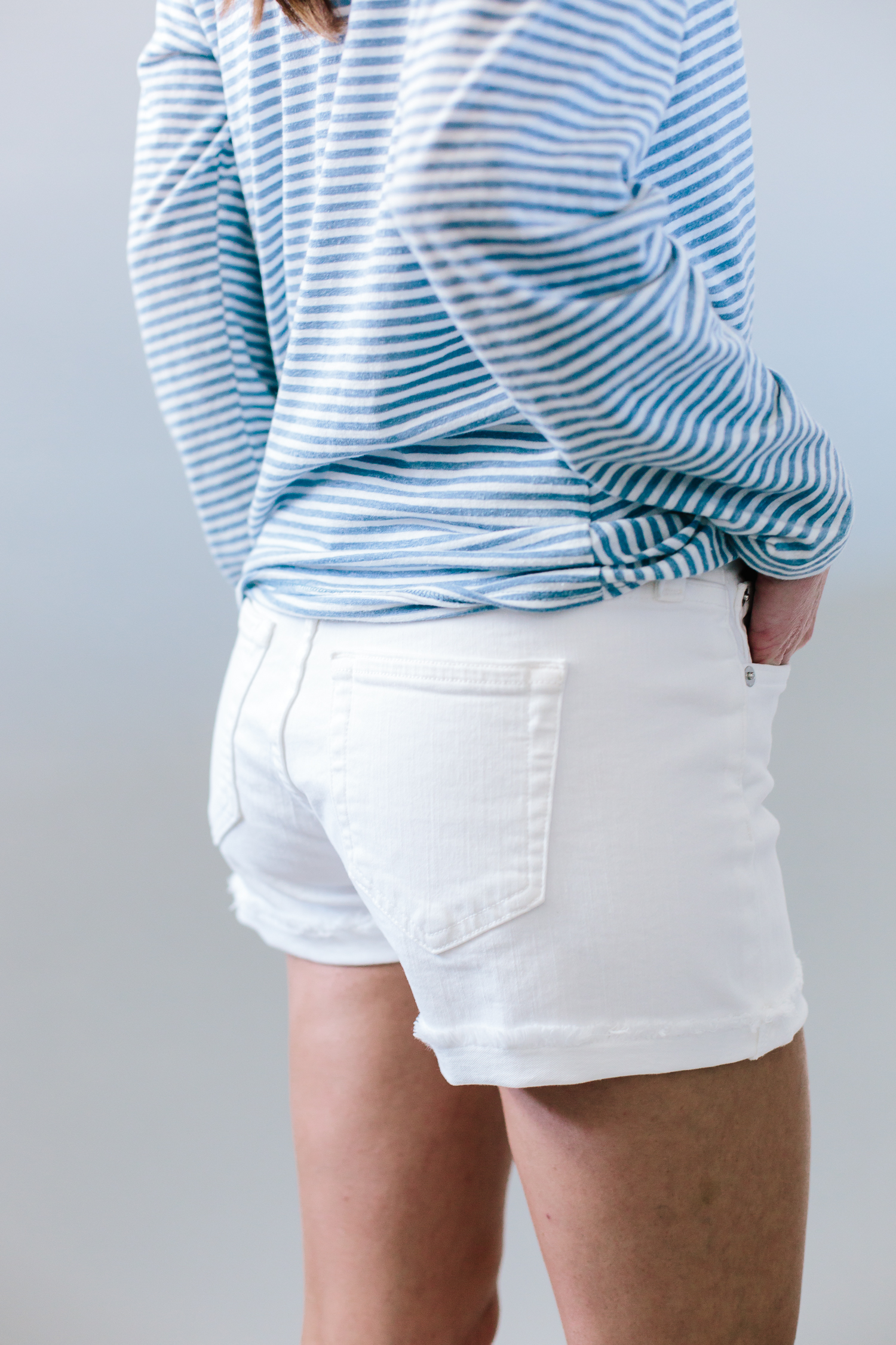 j.crew shorts, shorts review, summer shorts review, spring shorts review, white denim