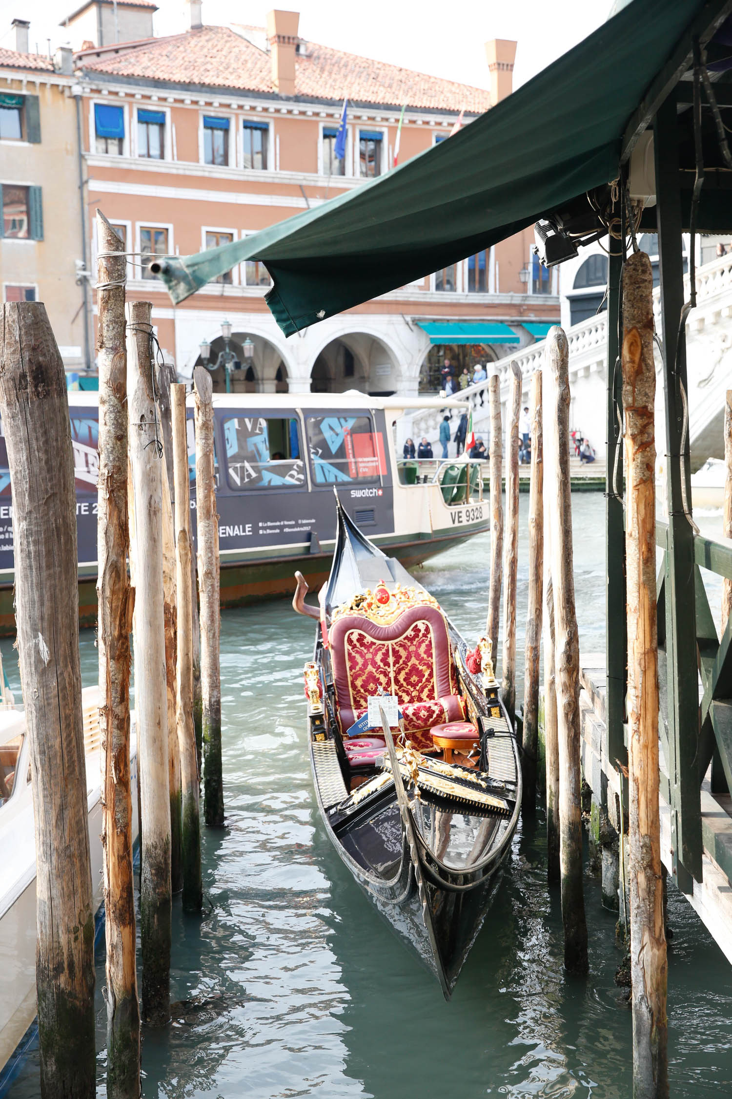 venice, italy, venezia, venice travel diary, alyson haley, gondola