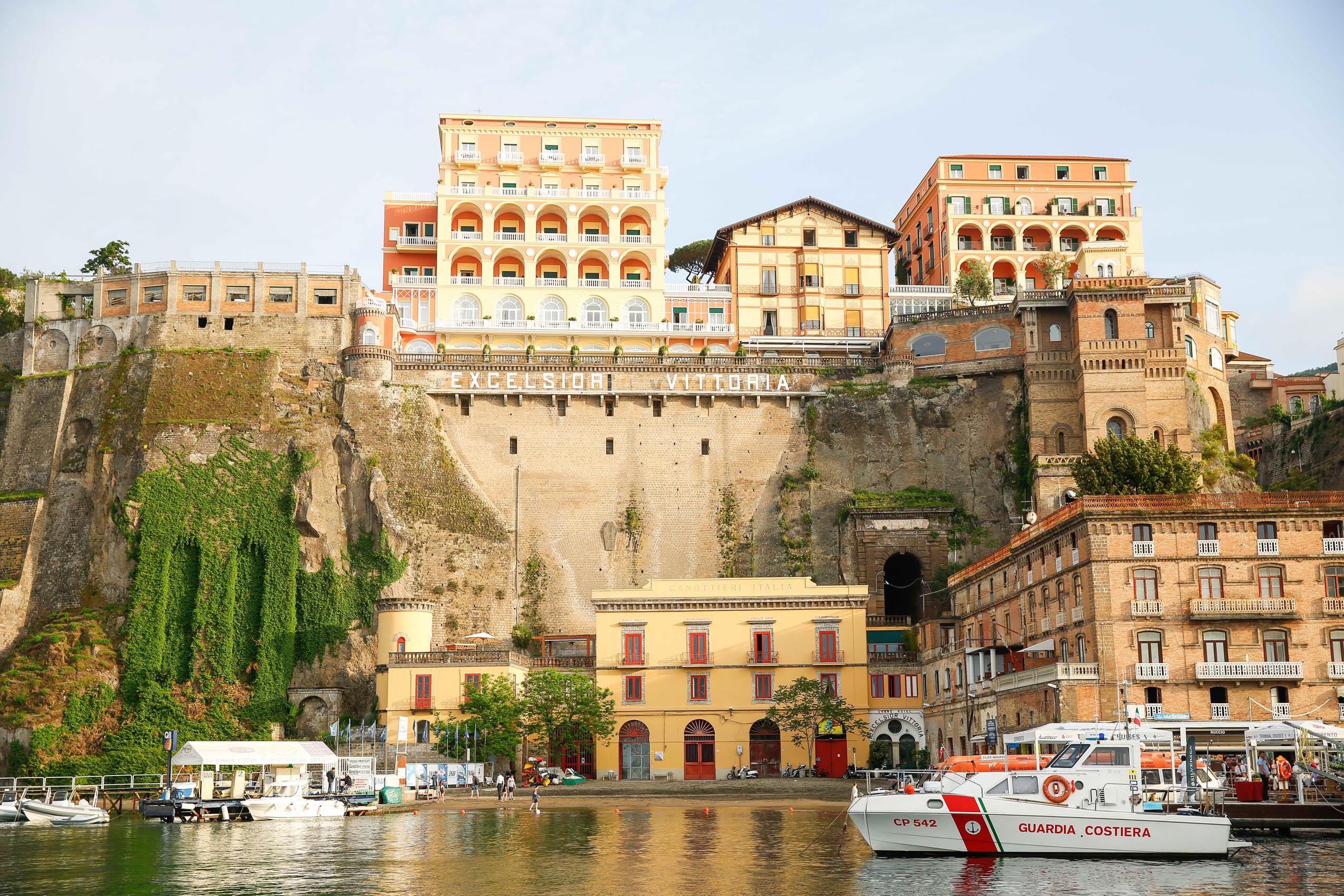 amalfi coast travel guide sorento italy