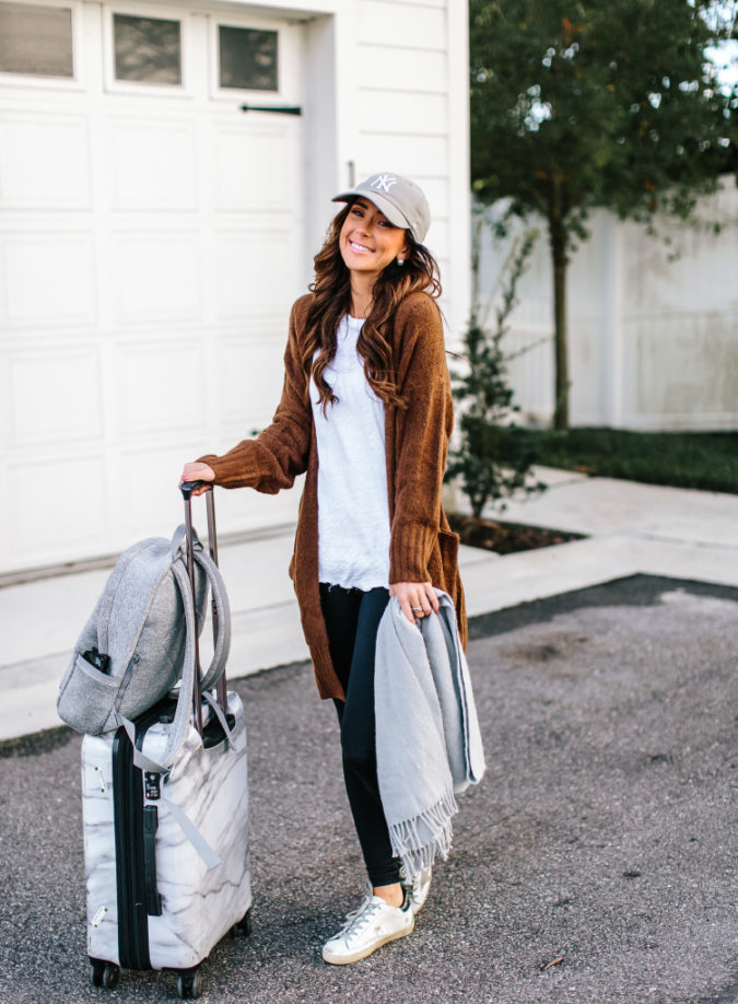 My Go-To Travel Day Outfit Essentials