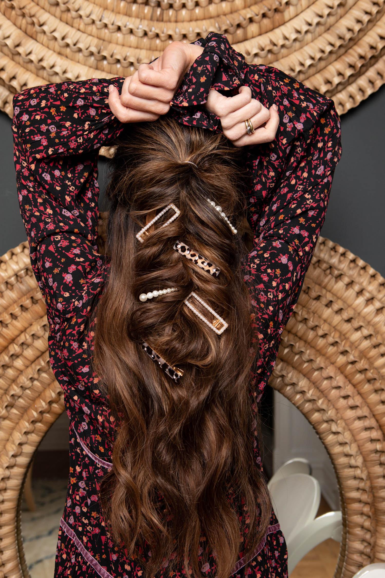 hair accessories, barrettes, scunci